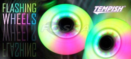řada koleček určena pro fitness a fun bruslení   každé kolečko při jízdě  svítí různou barvou   vynikající efekt při bruslení za šera nebo při  nočních ... 54c46e2b26